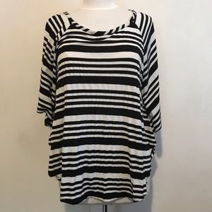 CATO batwing tee size L